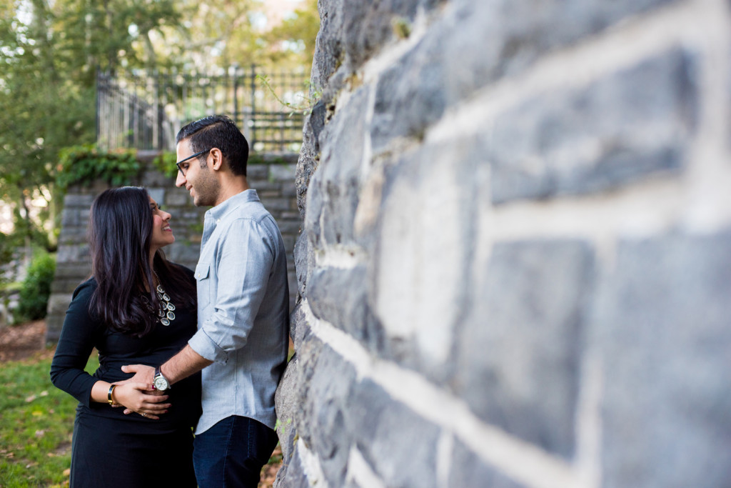 Maternity Photos in Carl Schurz Park