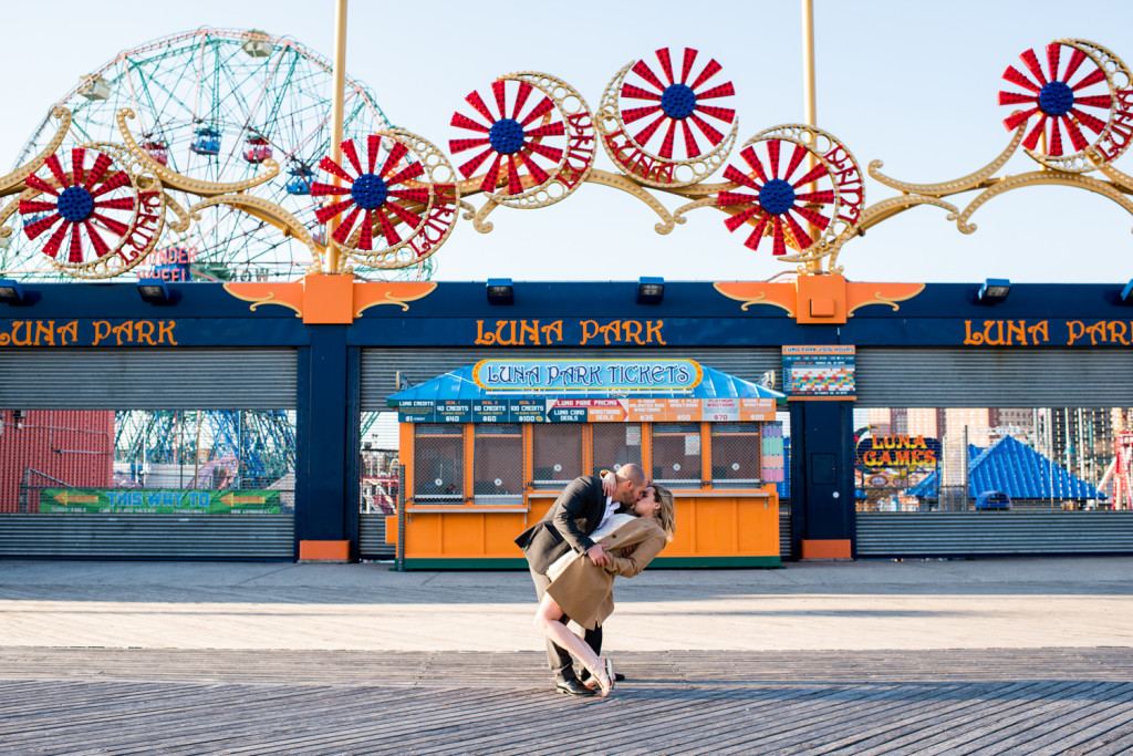 P I N T Coney Island Wedding Photos At Luna Park Brooklyn